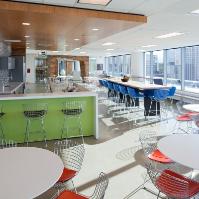 Bright-Daylighting-in-Employee-Bistro.jpg