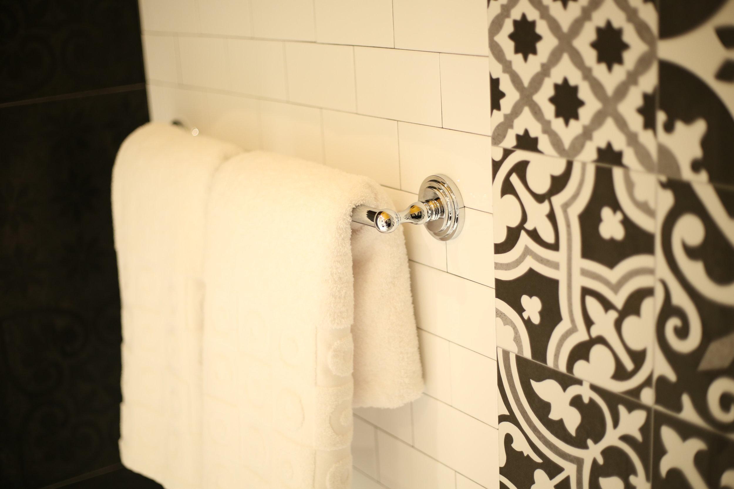 Premium Bathroom Towel Rack.JPG