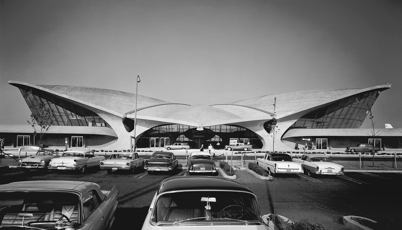 Ezra Stoller,  TWA Terminal at Idlewind (now JFK) Airport, Eero Saarinen, New York, NY, 1962 /courtesy of FMoPA