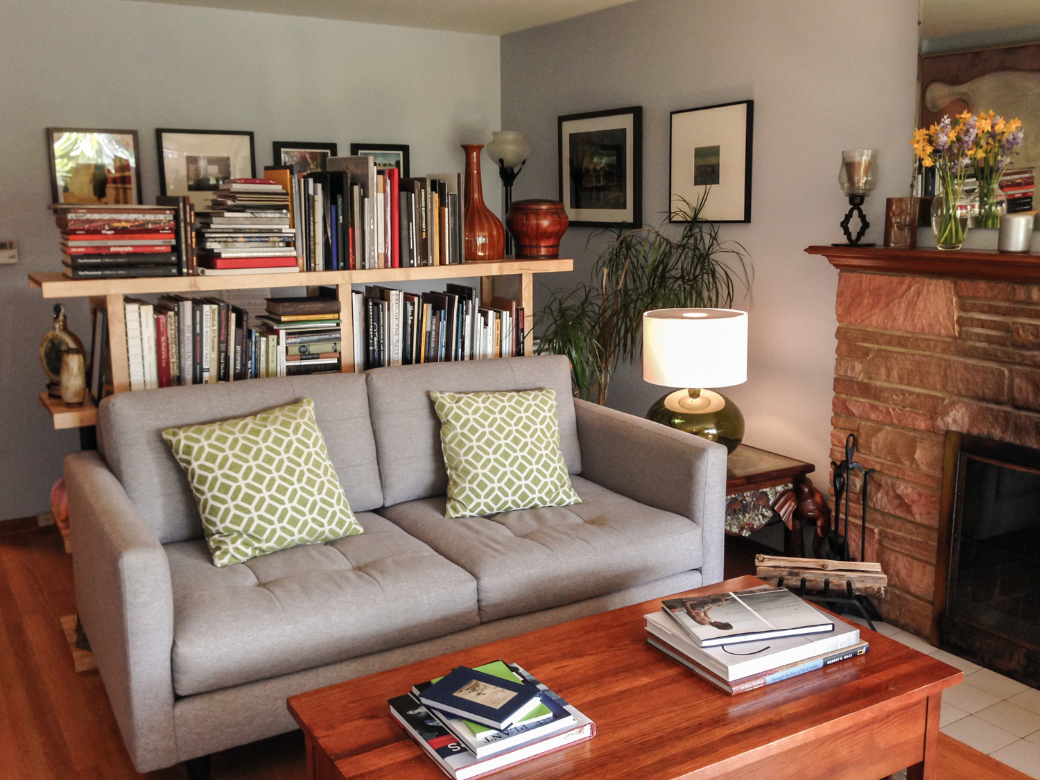 Dan Shepherd 's comfortable reading room.