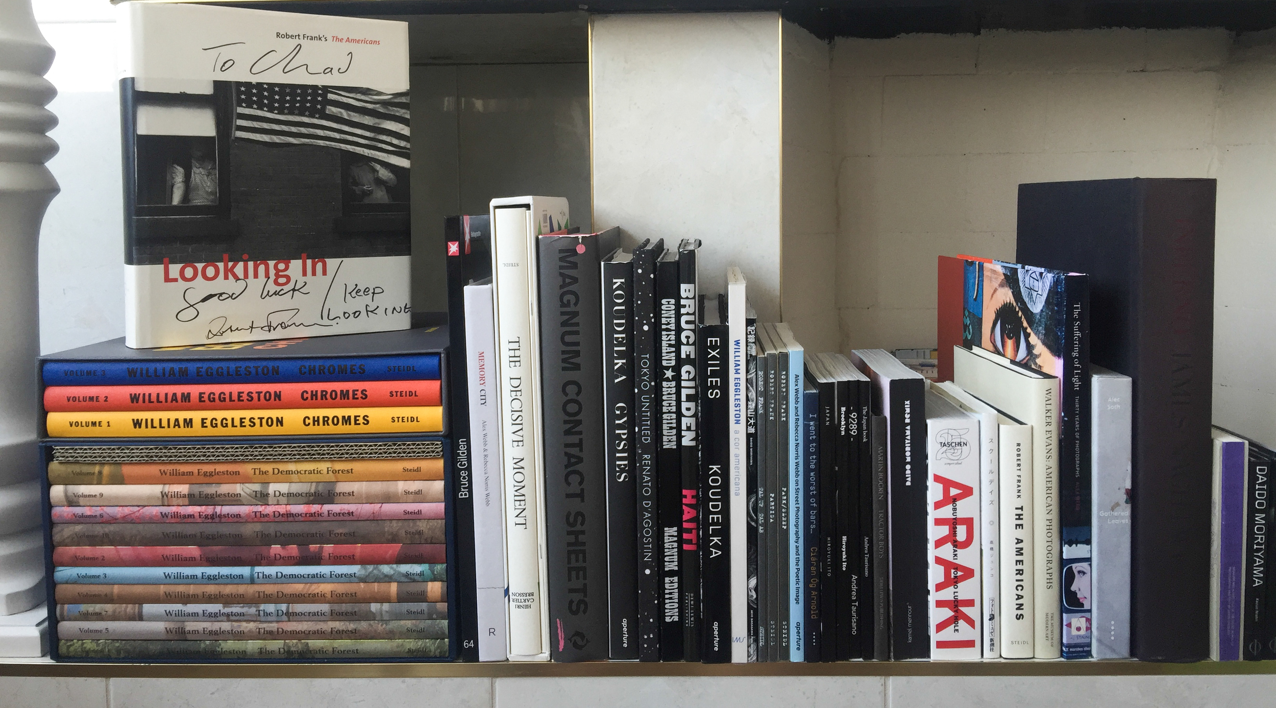 Chad Tobin 's documentary-focused photobook library.