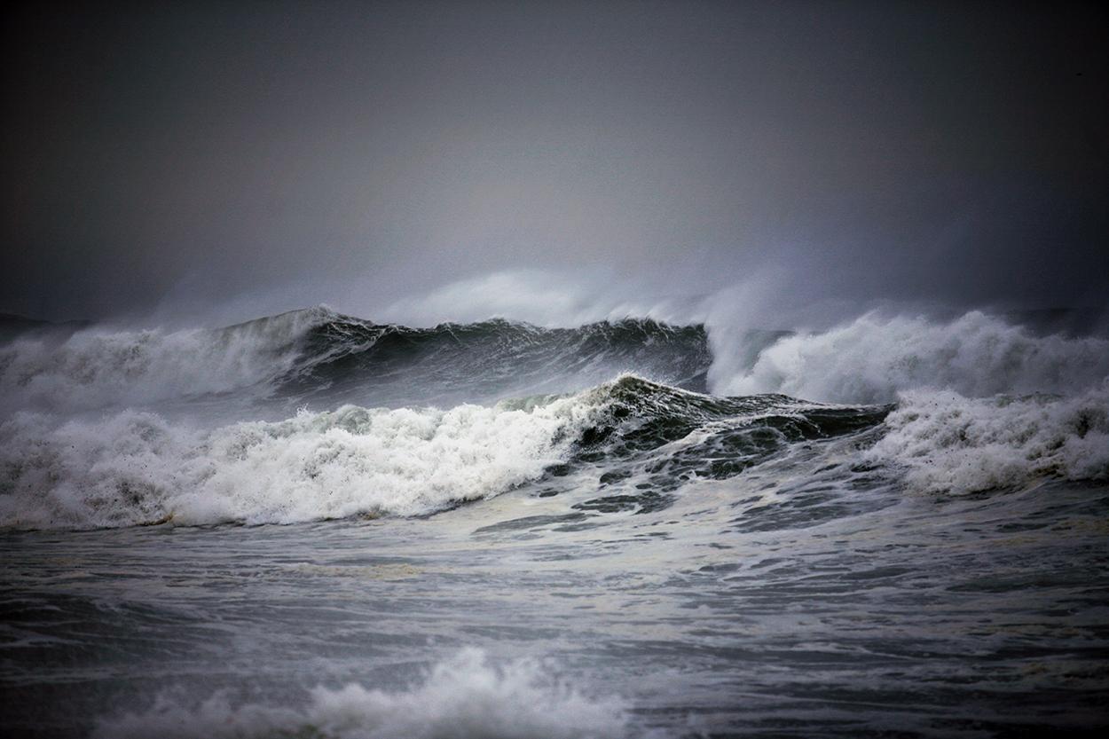 Swalloing Seas
