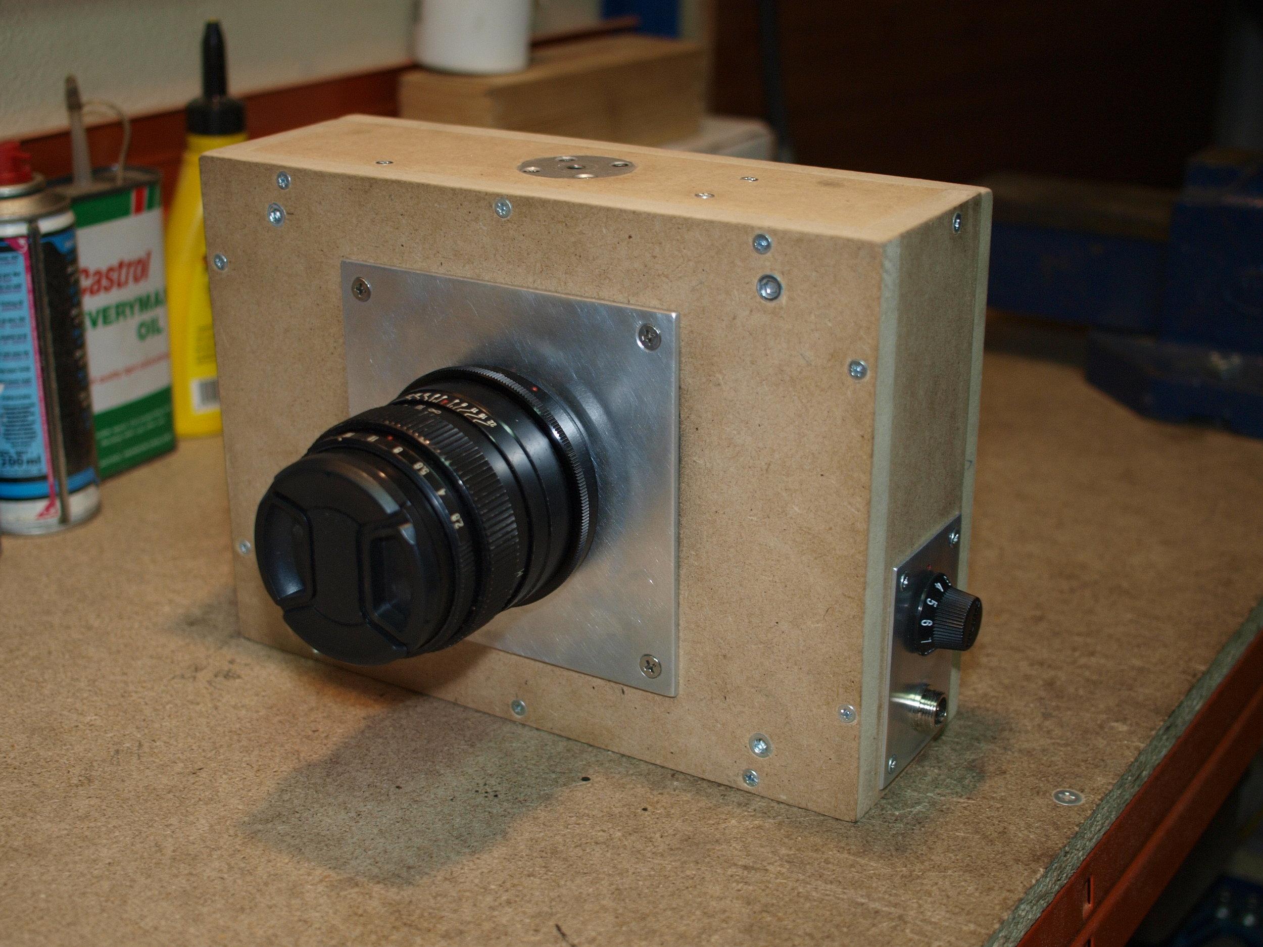 Slit-scan camera (exterior)