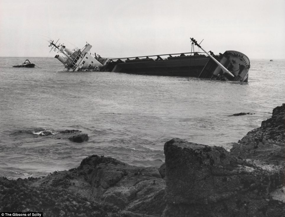 The Cita, a 300 foot German merchant ship, pierced its hull and ran aground while traveling from Southampton to Belfast in March 1997. The crew were rescued by the RNLI hours after and the wrecked ship remained on the rocks for days before sliding into deeper water.