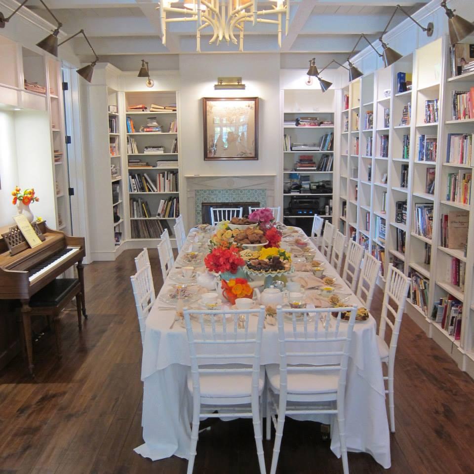 Photographer and publisher  Ashly Stohl' s elegantly styled bookshelves.