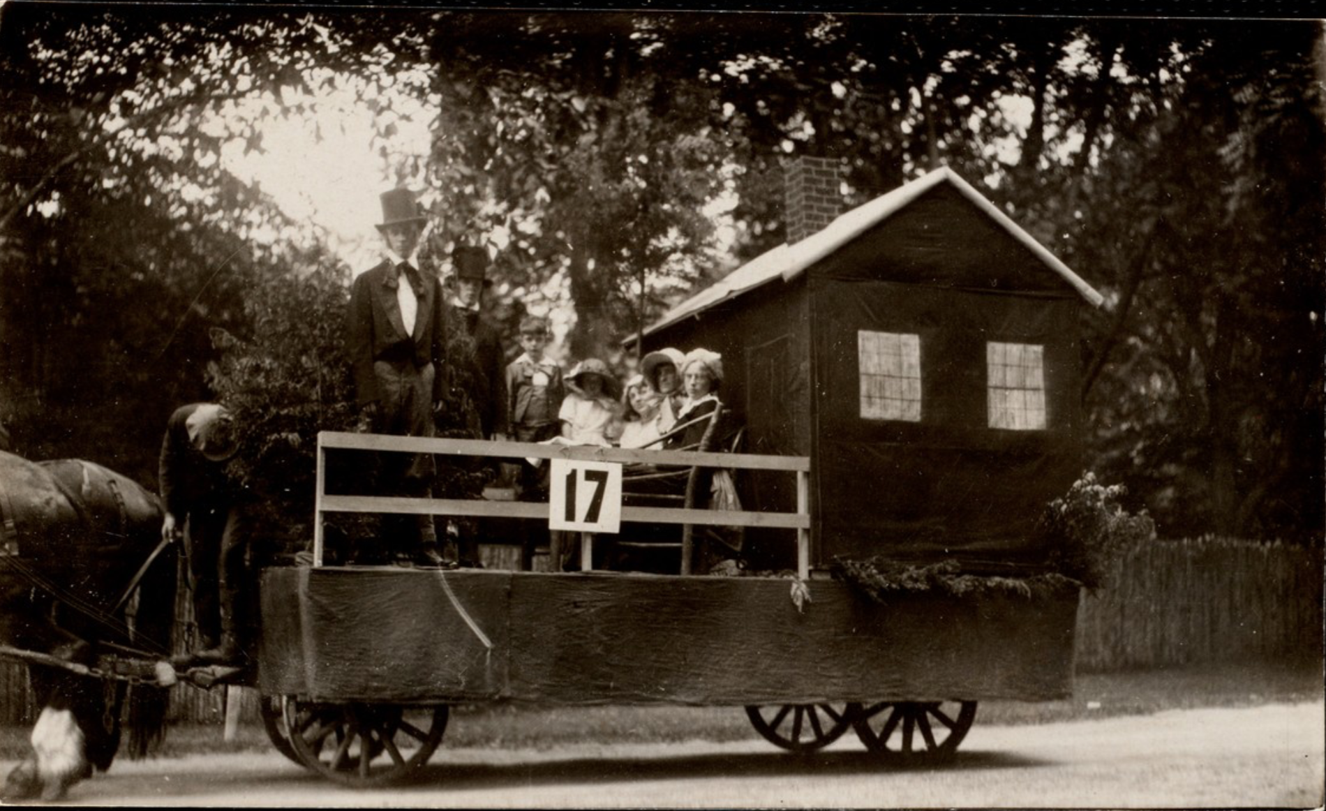4th of July Parade: Hawthorne's Little Red House Float, 1922.