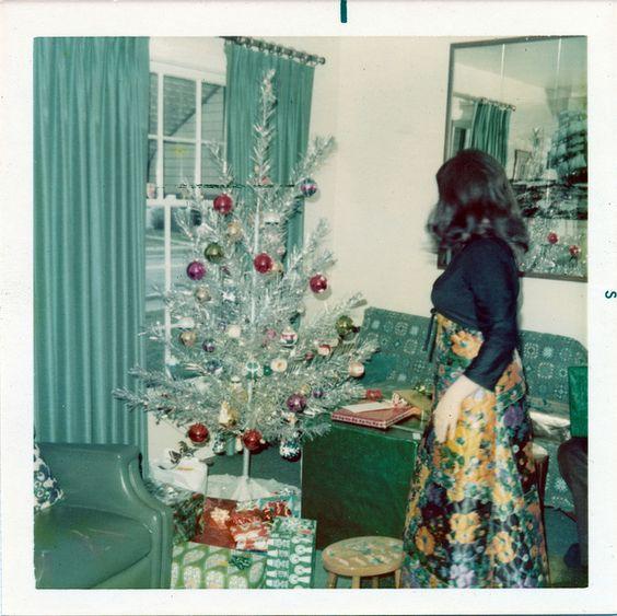 Christmas-tree-aluminum-a.jpg