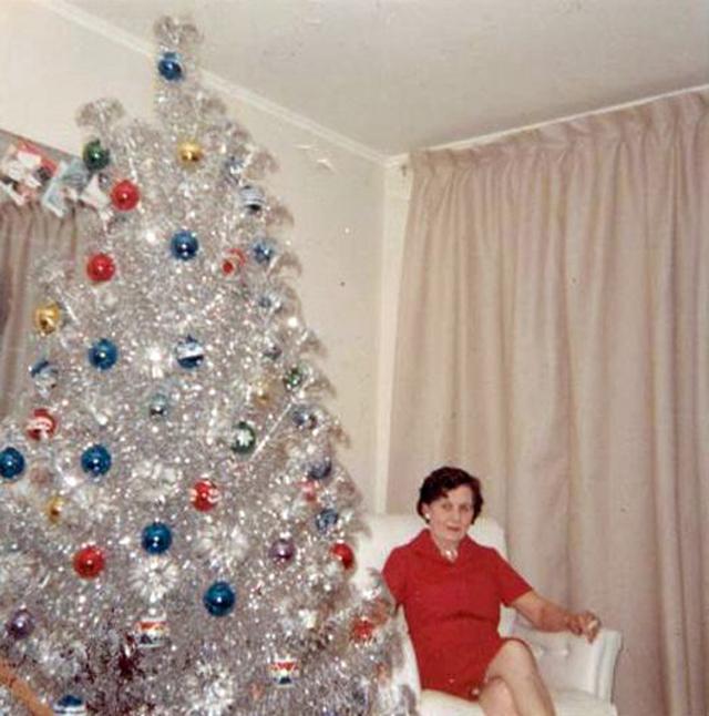 Christmas-tree-mom-23.jpg