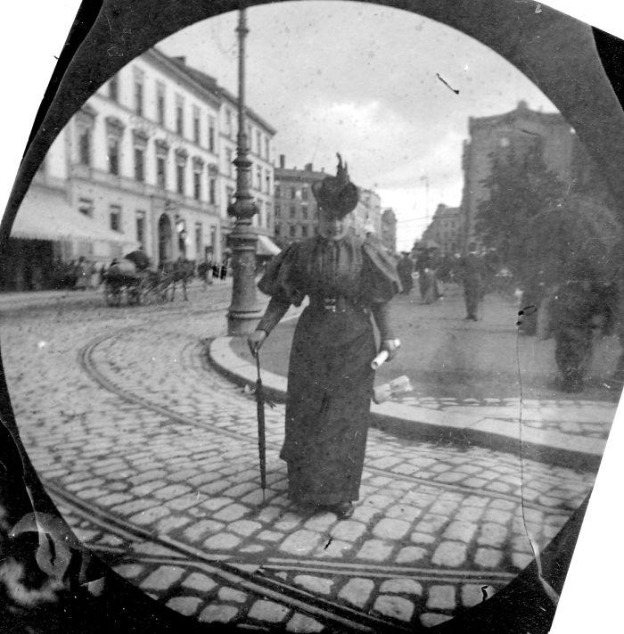 spy-camera-secret-street-photography-carl-stormer-norway-13-5a44a66fbc04c__700.jpg