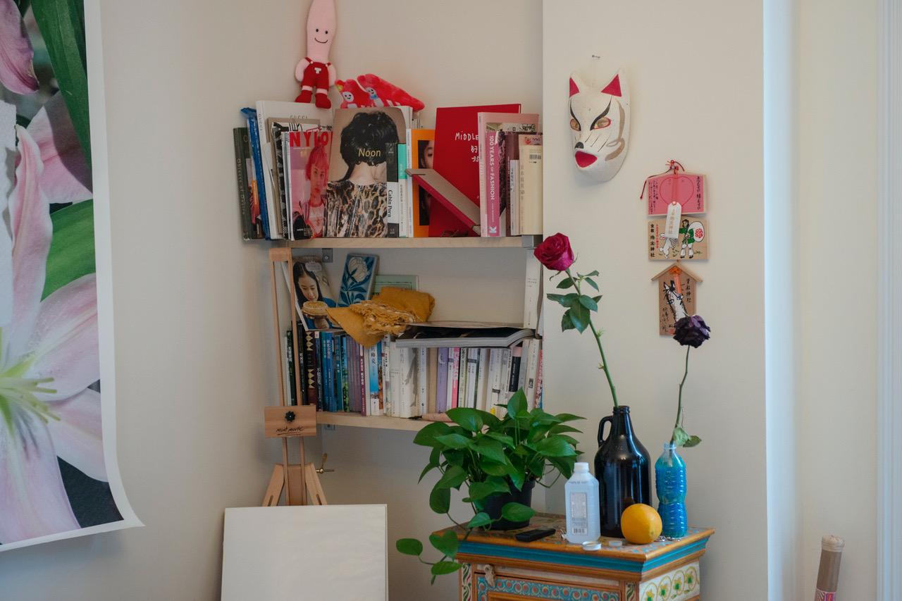 Kaiwai Wong 's cute photobook corner.