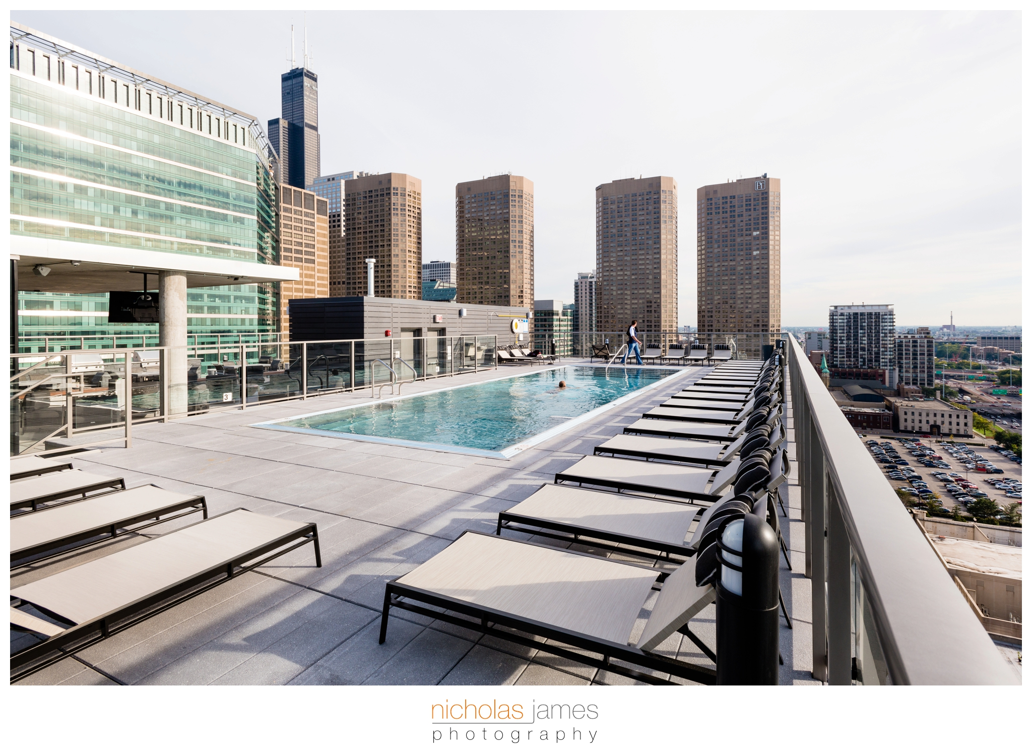 Catalyst-West-Loop-Luxury-Apartments-5