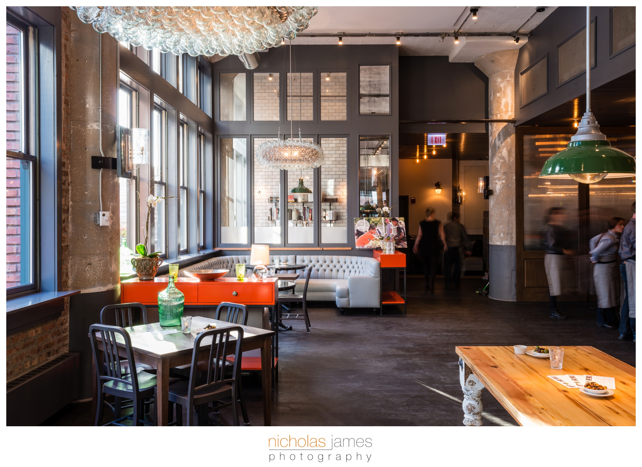 the-kitchen-chicago-river-north-restaurant-1