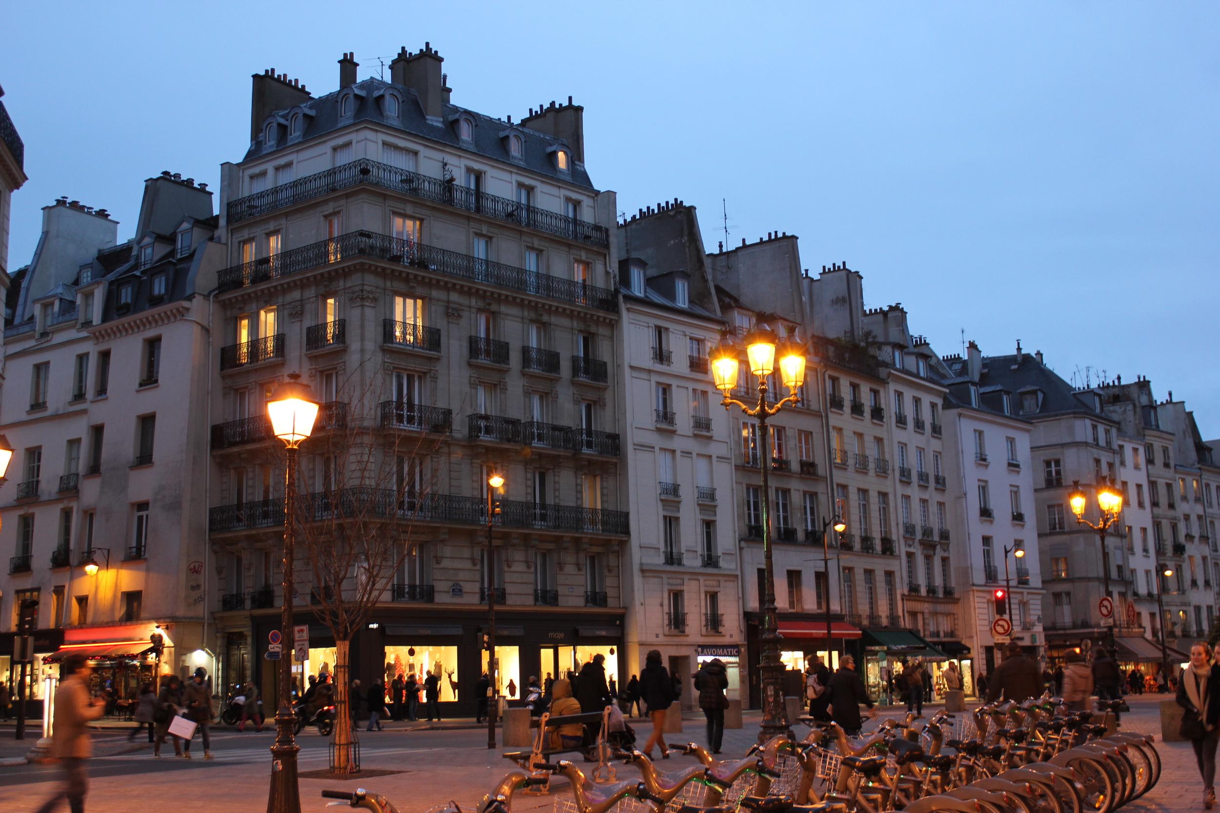 shopping in Le Marais - December 2013