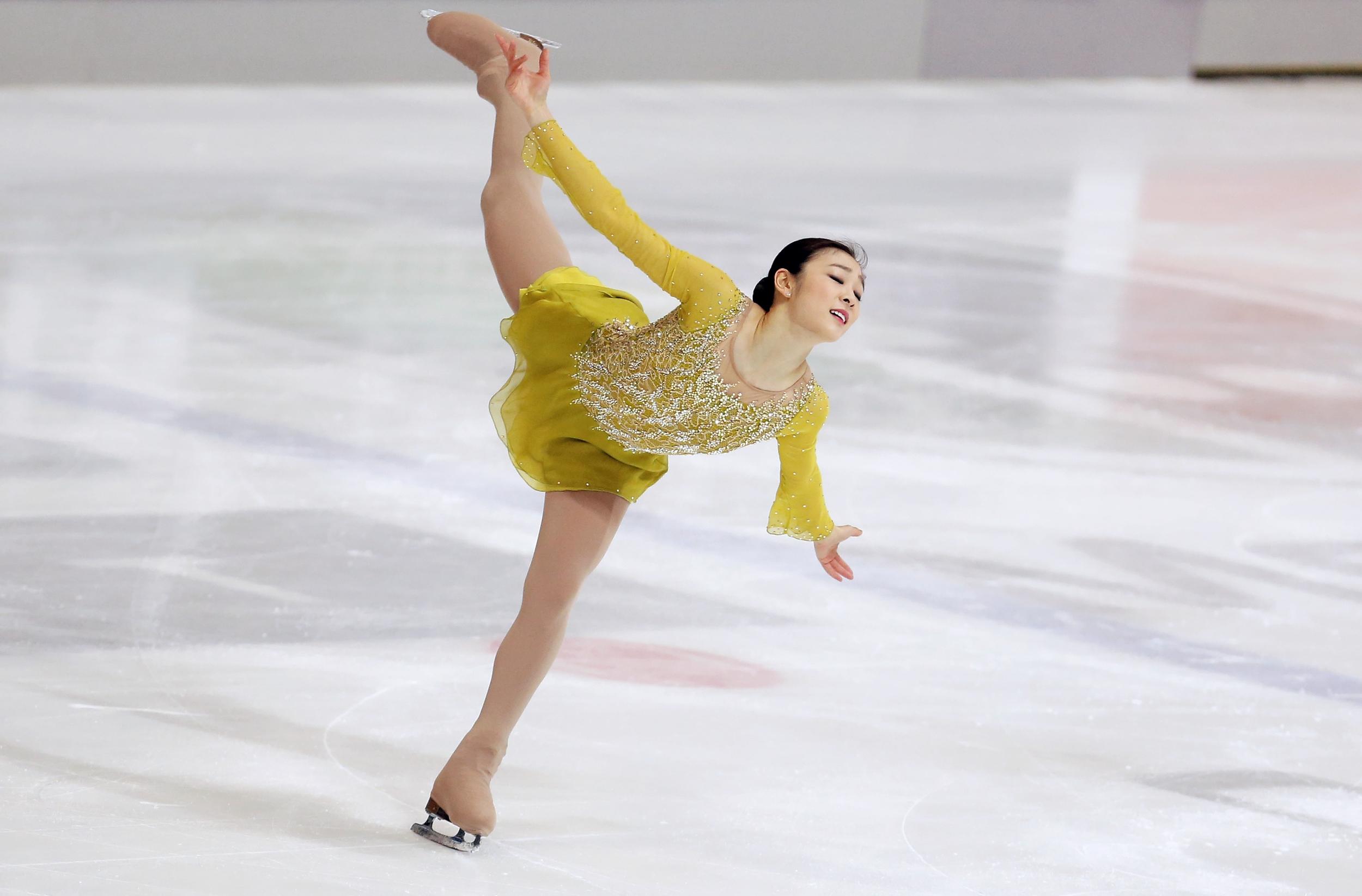 Yuna Kim 2014 Sochi Olympics. Courtesy ofzsazsabellagio.blogspot.com.