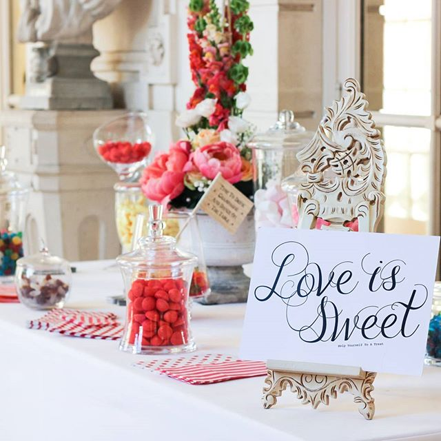 love is sweet ❤️ #bonbon #frenchwedding #chateau #paris #weddings #shesaidyes