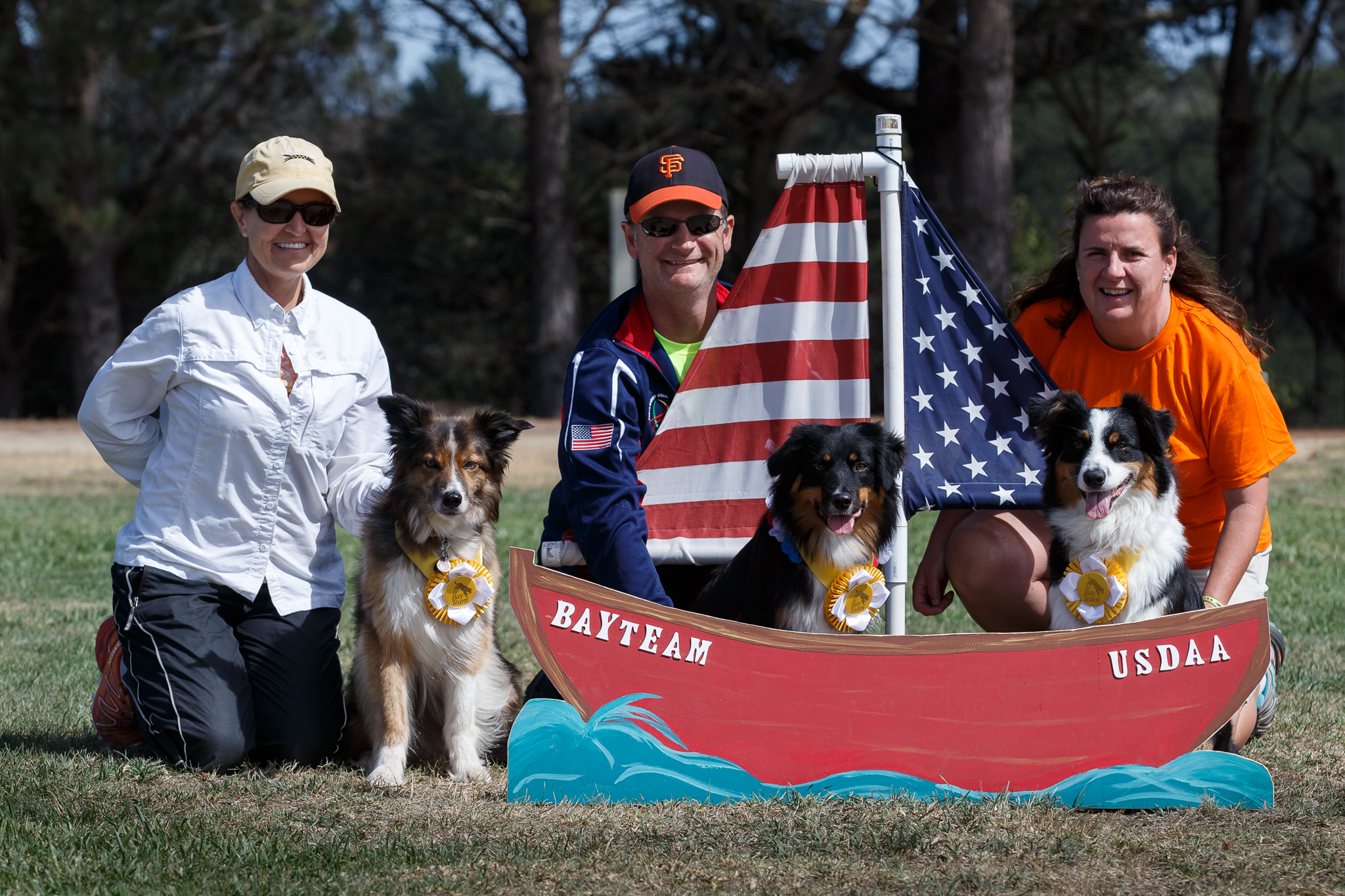 Thanks to Ivette White for the photo! (L to R: Carol & Deenie, Dave & Boca, Erika & Cadence)