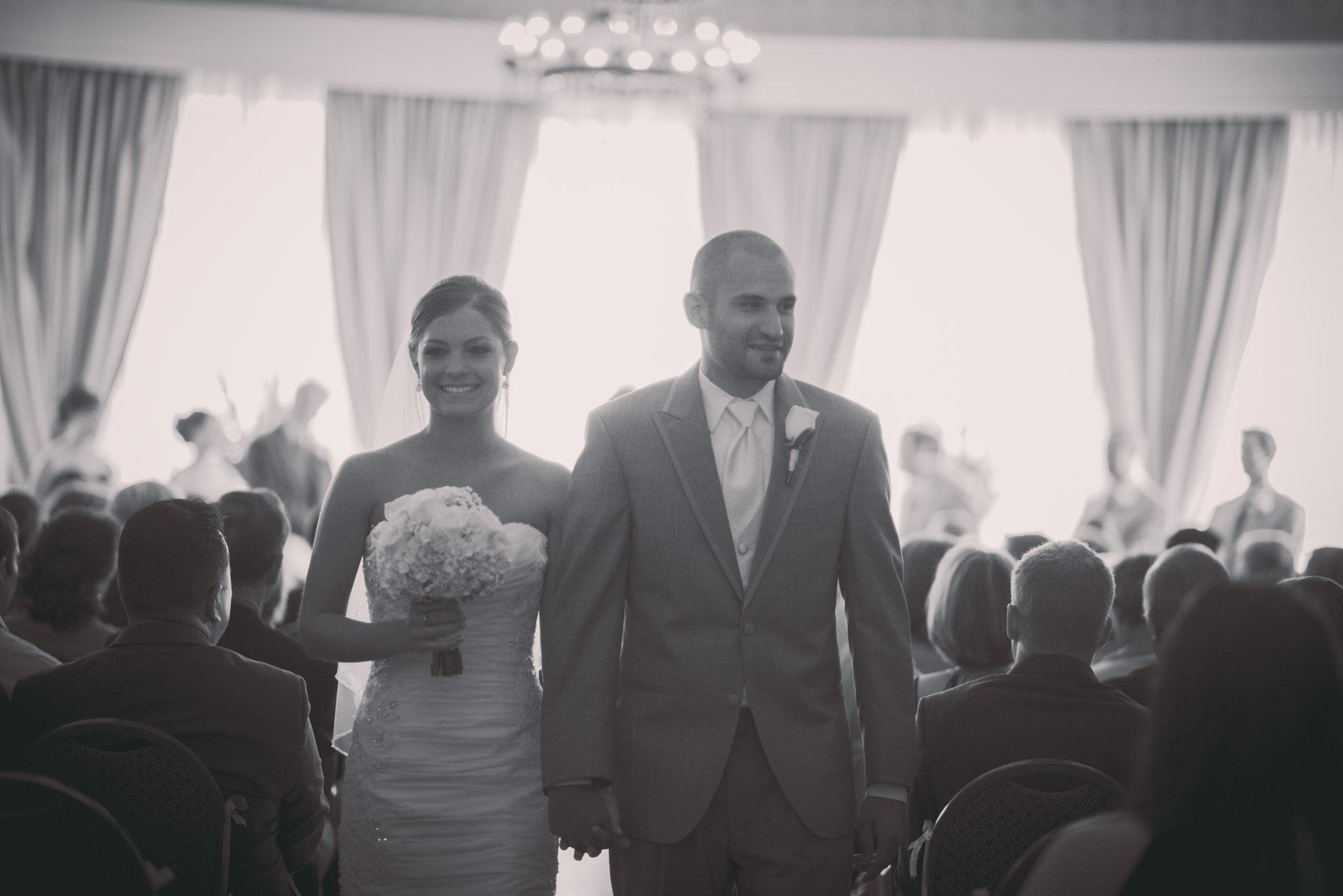 Michelle and Matt Preview-1058.jpg