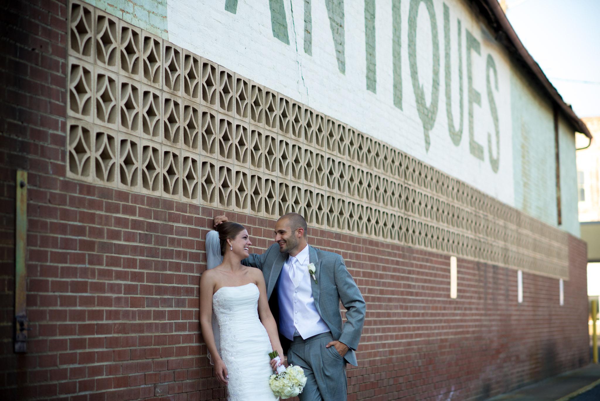 Michelle and Matt Preview-1066.jpg