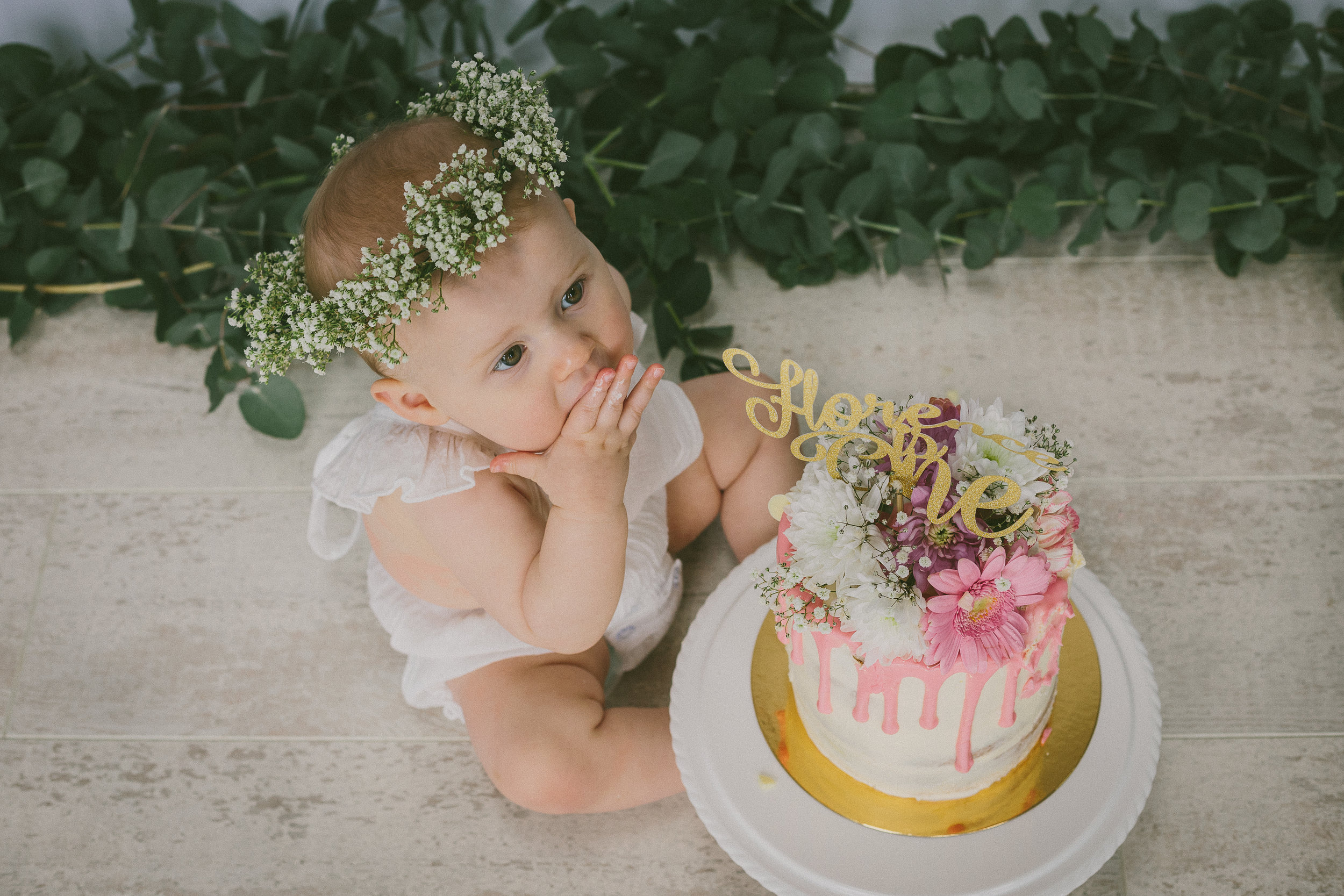 Florence Cake Smash Photo shoot April 2019-34.jpg