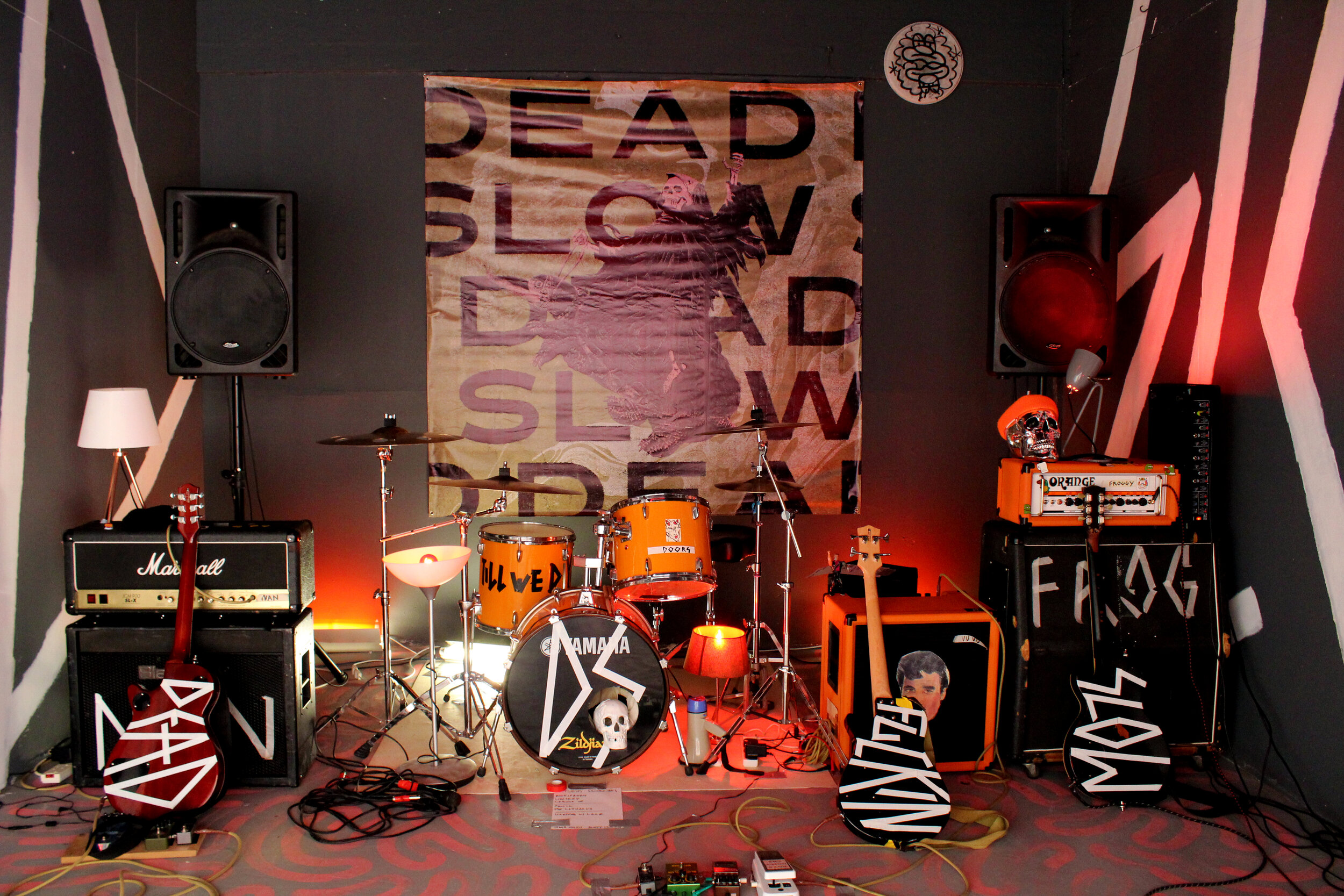 Jack Miles, George Caswell, Adam Dempster, Matt Gardner and James Oliver  DEAD FUCKING SLOW  (2019) 45-minute performance, installation and found objects 22m2