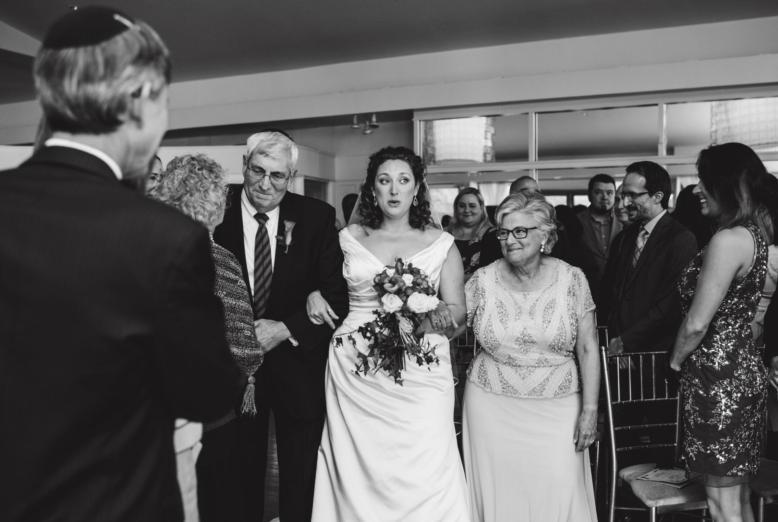 LIZA & JON - BATTERY PARK WEDDING - NYC INTIMATE WEDDING PHOTOGRAPHER - CHI-CHI AGBIM-365.jpg