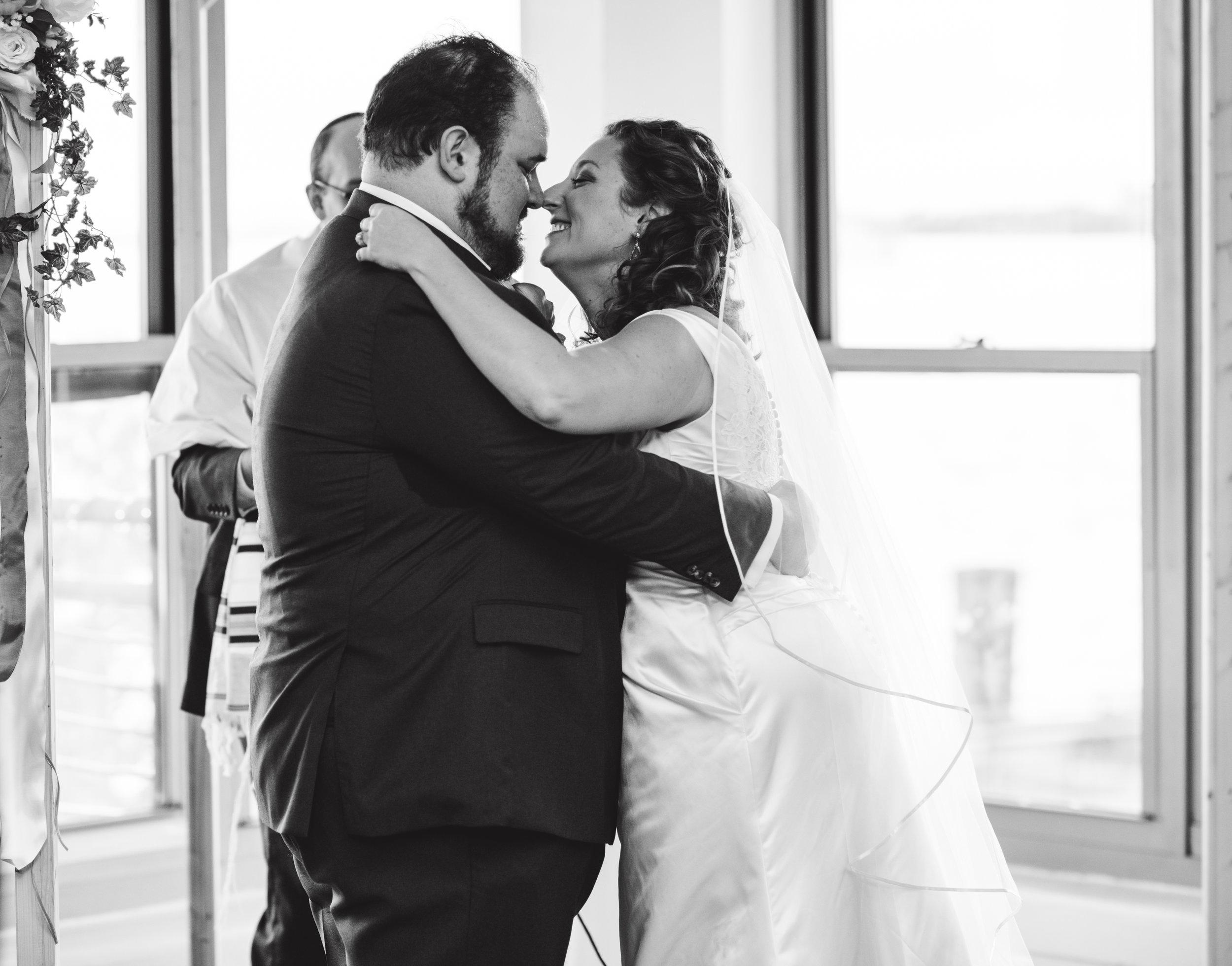 LIZA & JON - BATTERY PARK WEDDING - NYC INTIMATE WEDDING PHOTOGRAPHER - CHI-CHI AGBIM-474.jpg