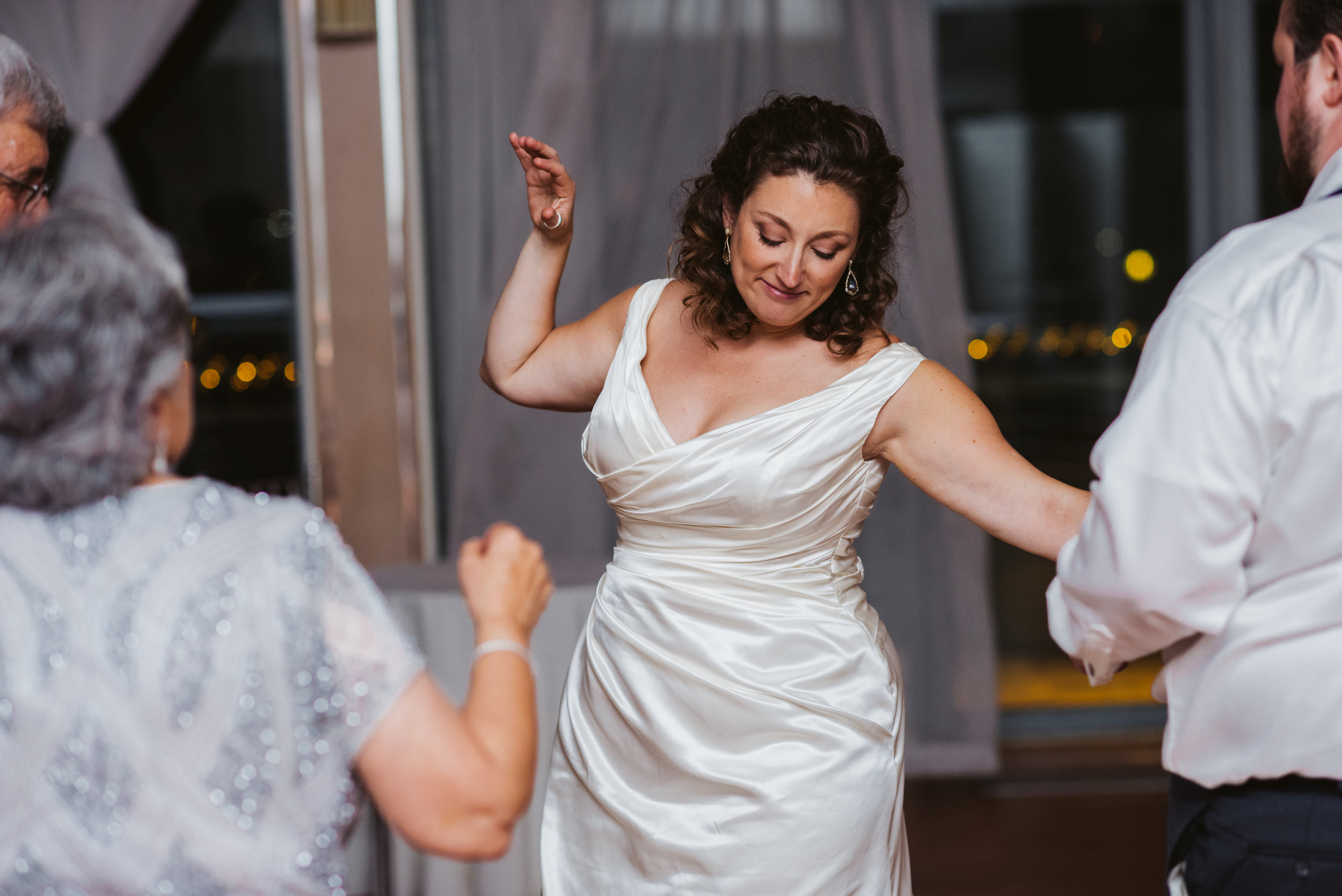 LIZA & JON - BATTERY PARK WEDDING - NYC INTIMATE WEDDING PHOTOGRAPHER - CHI-CHI AGBIM-781.jpg