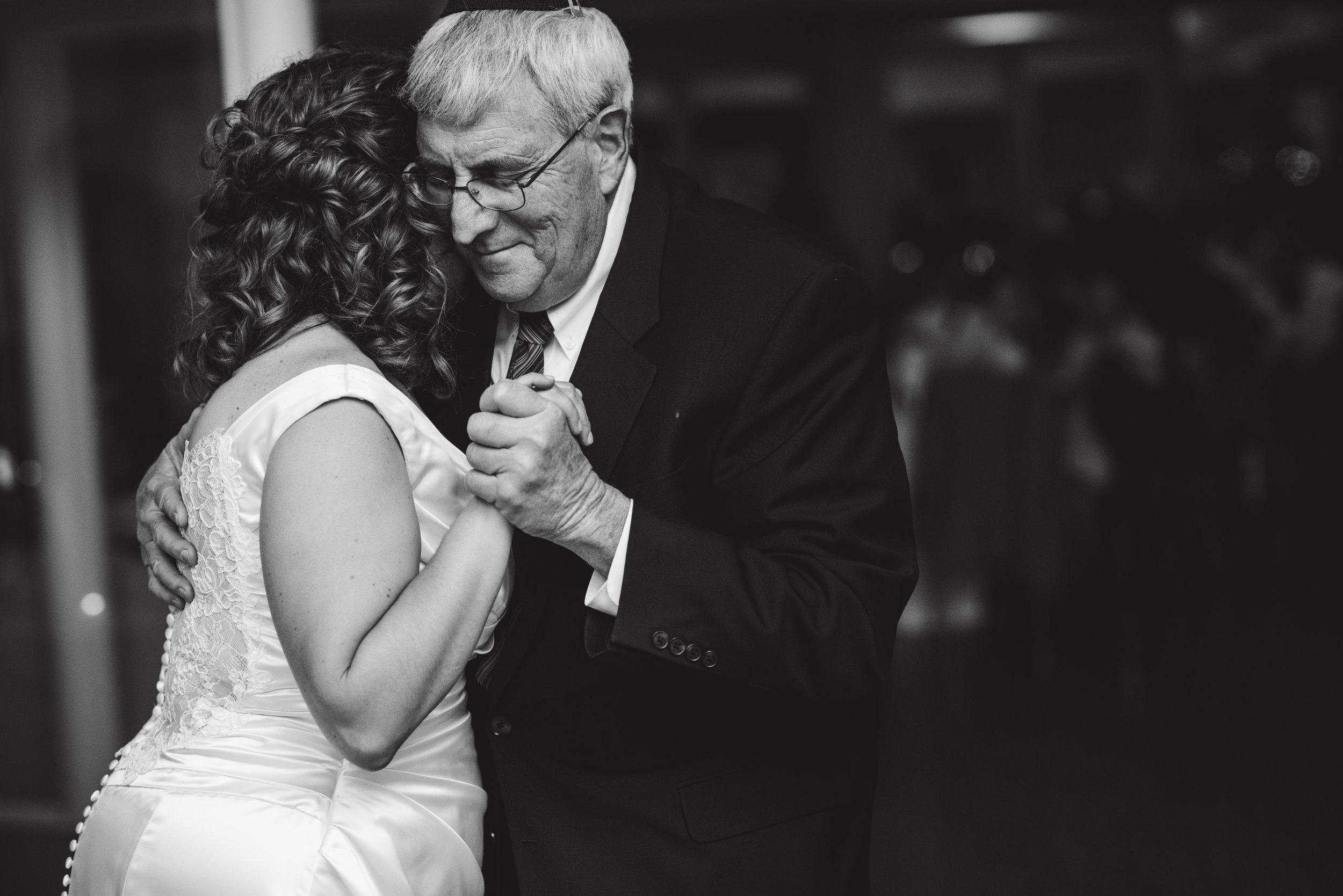 LIZA & JON - BATTERY PARK WEDDING - NYC INTIMATE WEDDING PHOTOGRAPHER - CHI-CHI AGBIM-808.jpg