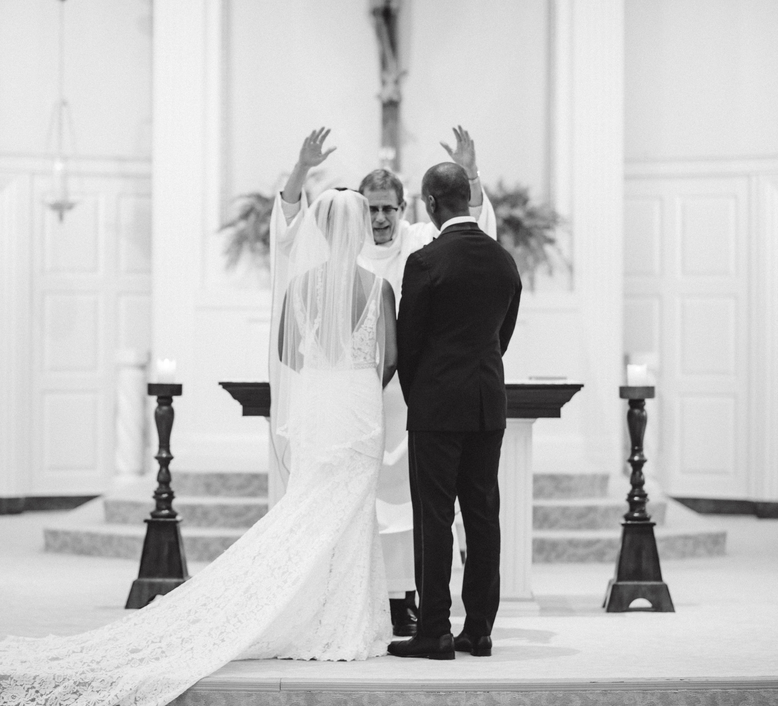 DANIELLE & BRANDON WEDDING - HEDGE ART GALLERY - NYC INTIMATE WEDDING PHOTOGRAPHER - CHI-CHI ARI-221.jpg