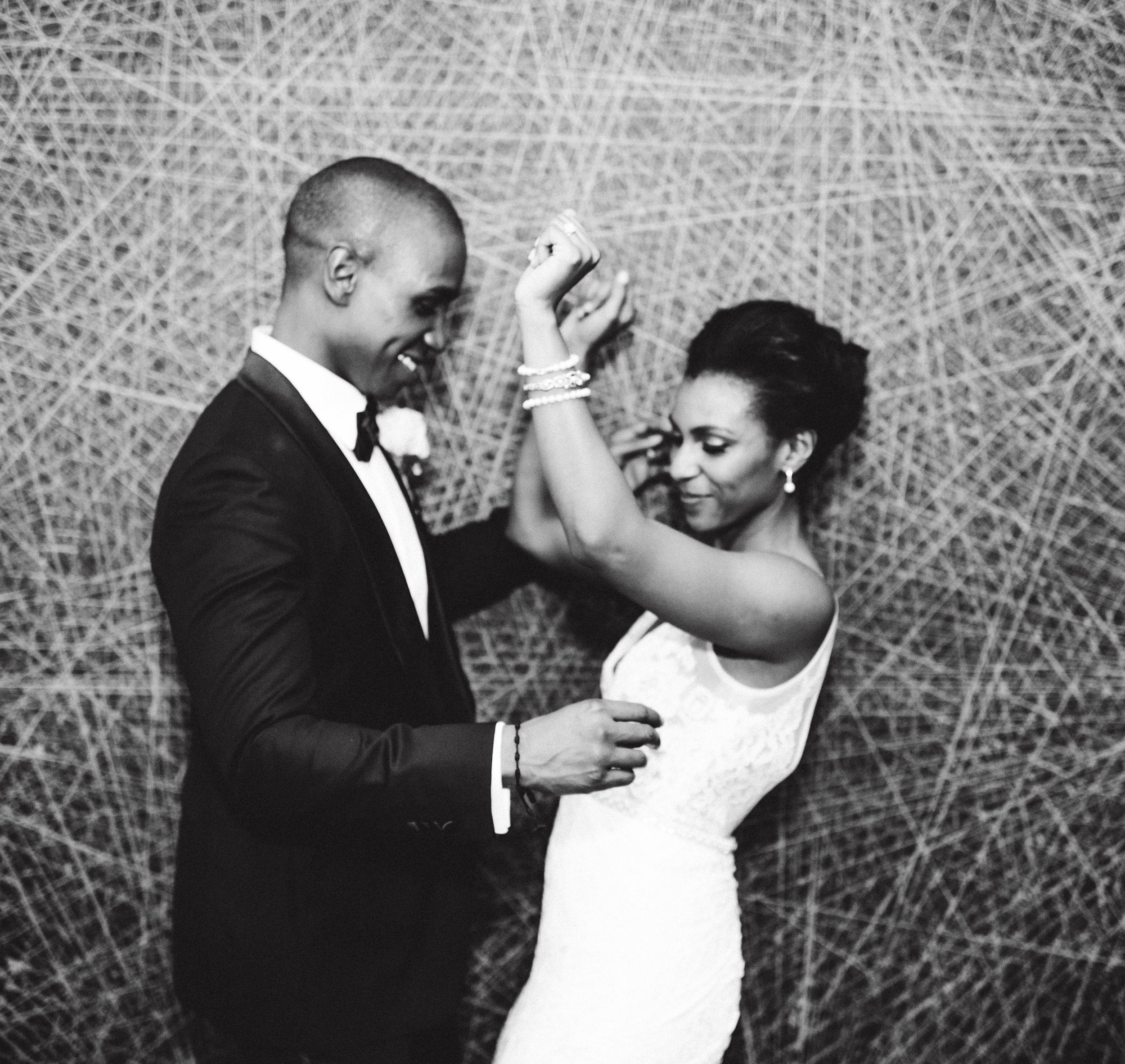 DANIELLE & BRANDON WEDDING - HEDGE ART GALLERY - NYC INTIMATE WEDDING PHOTOGRAPHER - CHI-CHI ARI-512.jpg