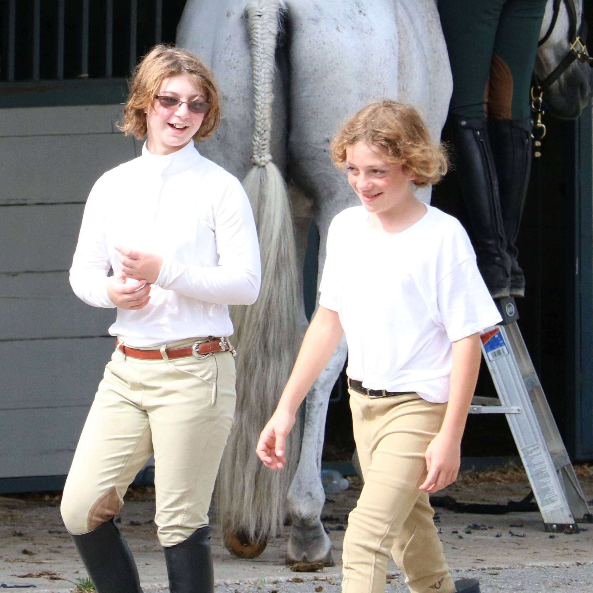 Equitation partners in crime...