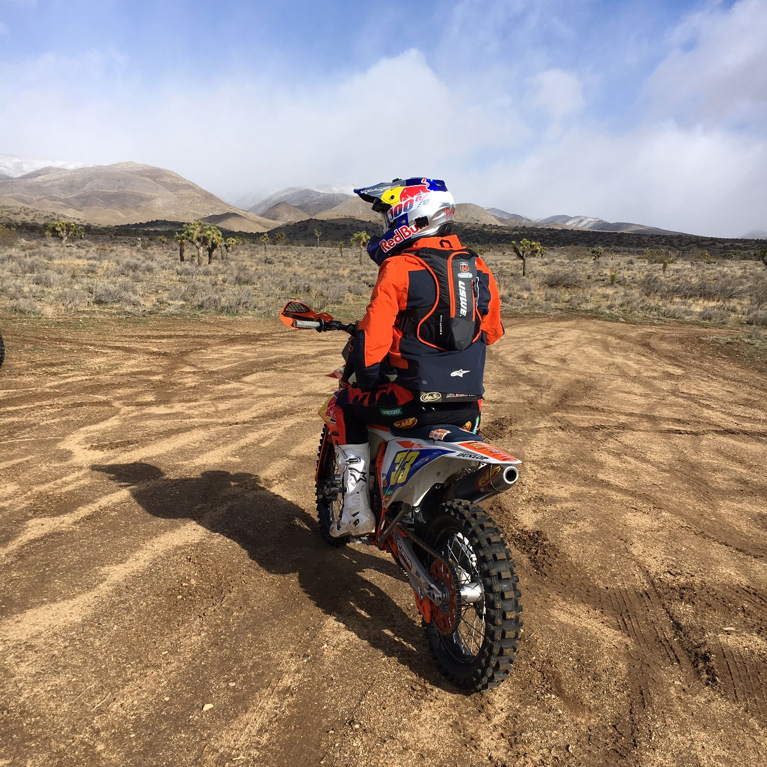 Taylor Robert  using the new KC66 USWE Hydration Backpack