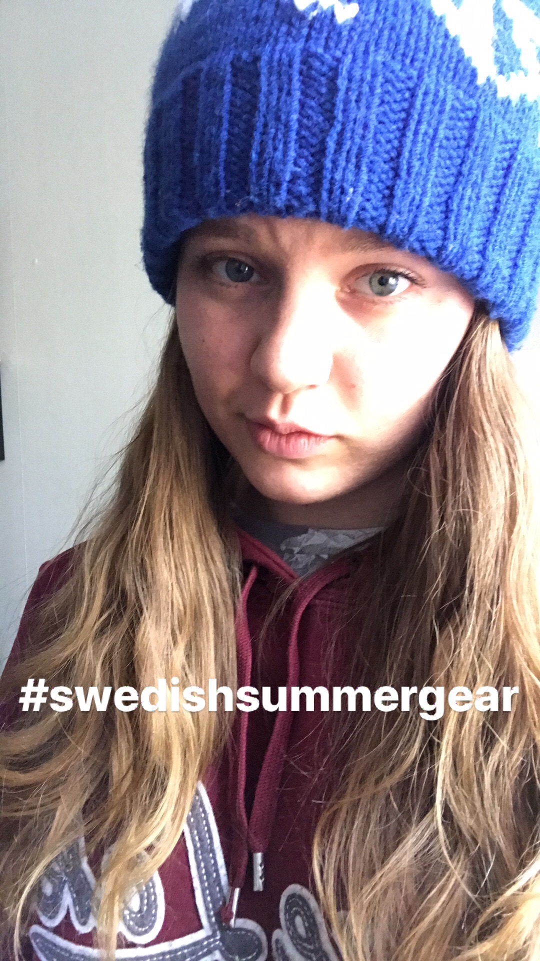 Thanks for letting borrow your hat and two sweatshirts NIklas. Can't believe forgot to bring my summertime winter clothes.