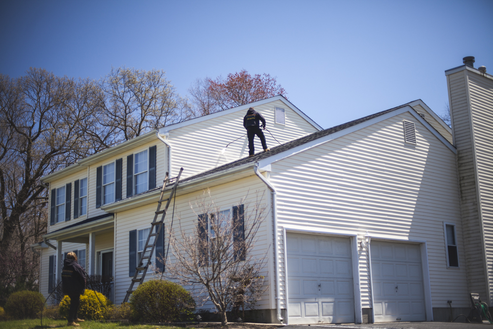 power washing    Fully insured for both residential and commericial.     Book Today