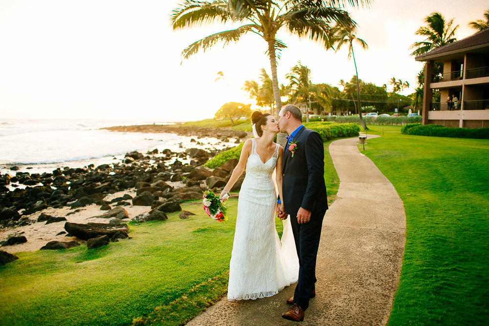 Poipu Beach Wedding-30.jpg