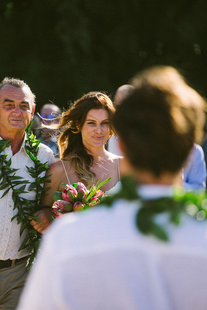 Tunnels Beach Wedding-16.jpg