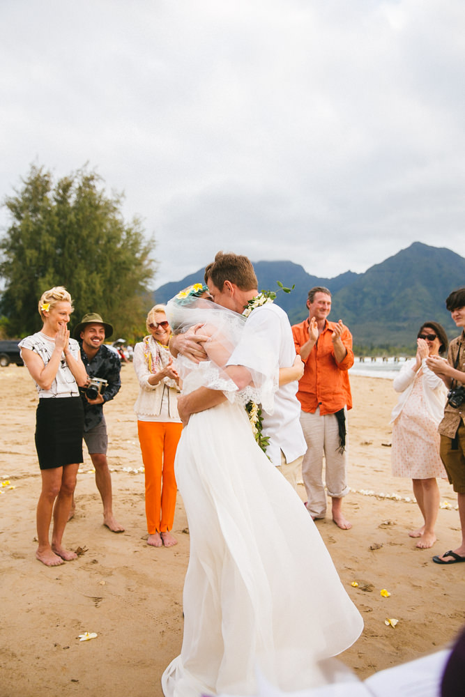 hanalei bay kauai wedding_-52.jpg