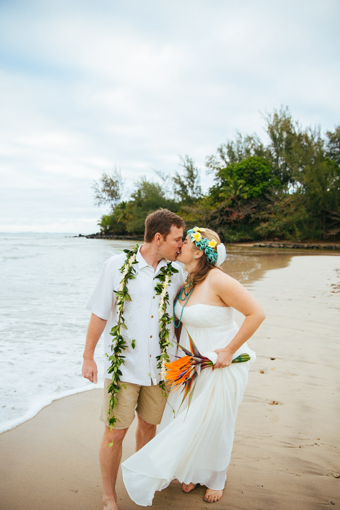 hanalei bay kauai wedding_-64.jpg