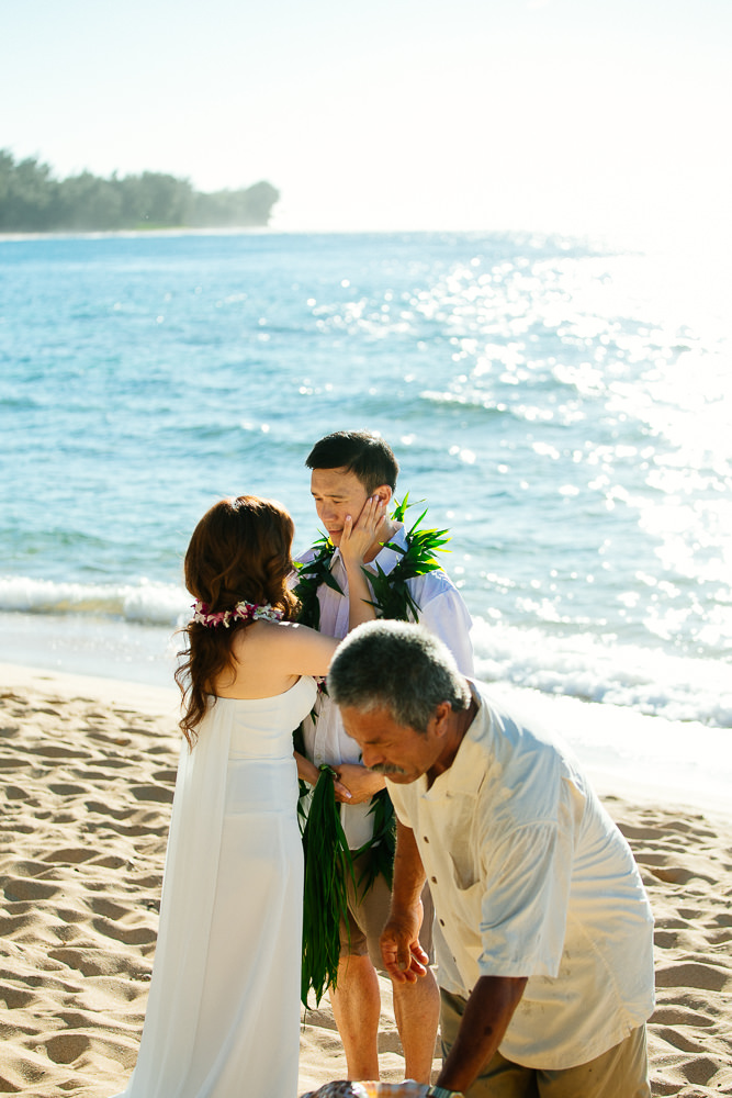 Tunnels beach wedding photography_-18.jpg