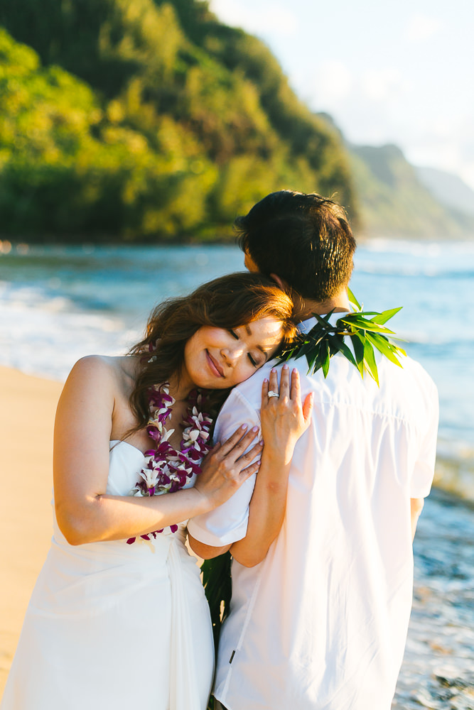 Tunnels beach wedding photography_-50.jpg