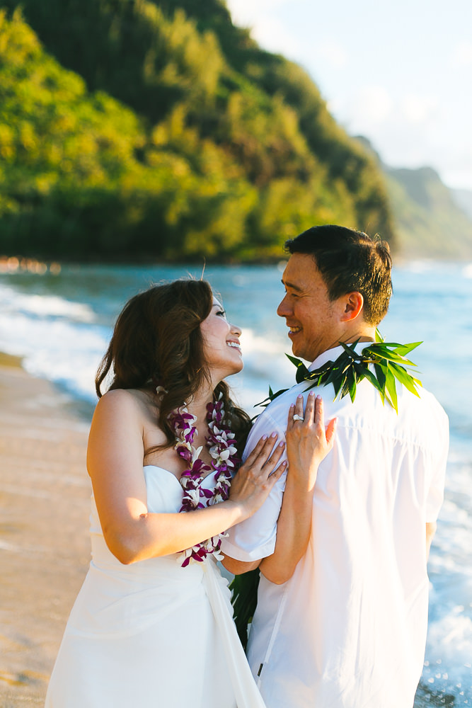 Tunnels beach wedding photography_-53.jpg