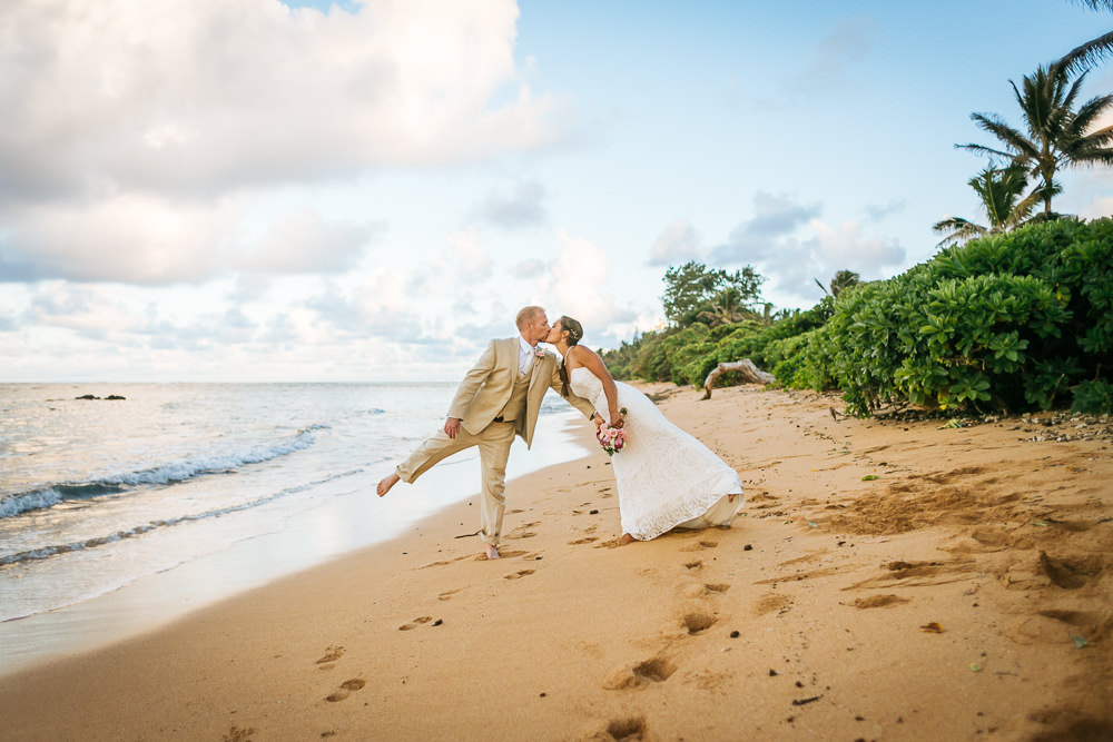 aliomanu kauai wedding-60.jpg