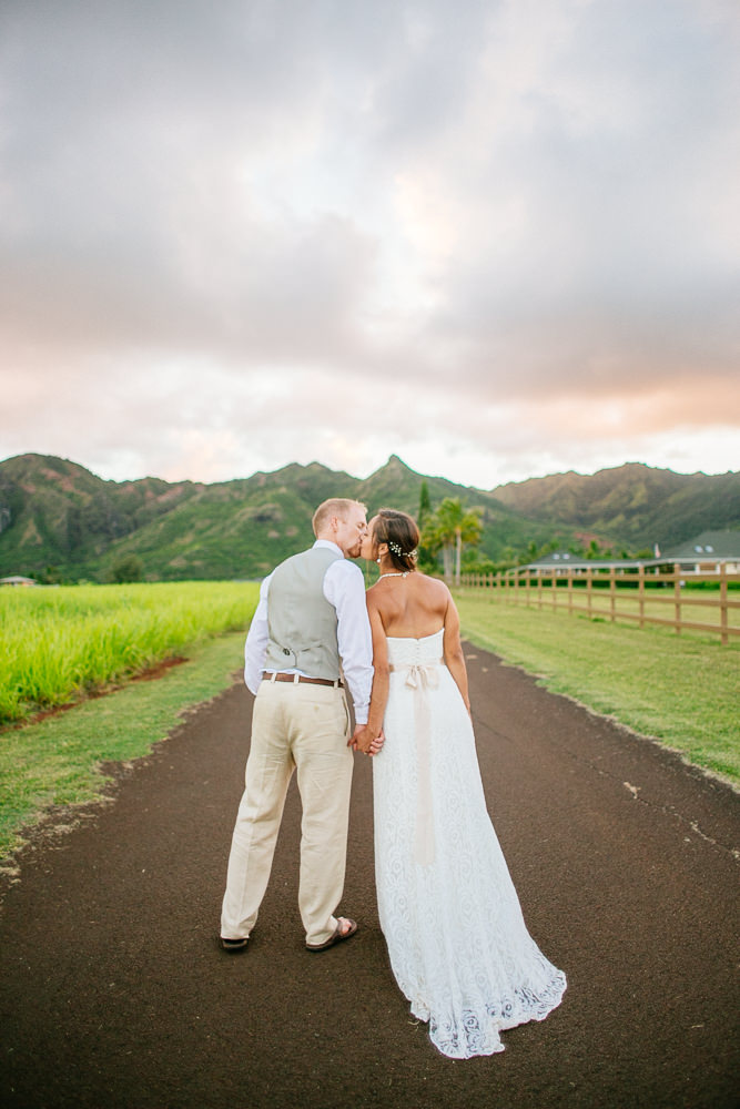 aliomanu kauai wedding-68.jpg