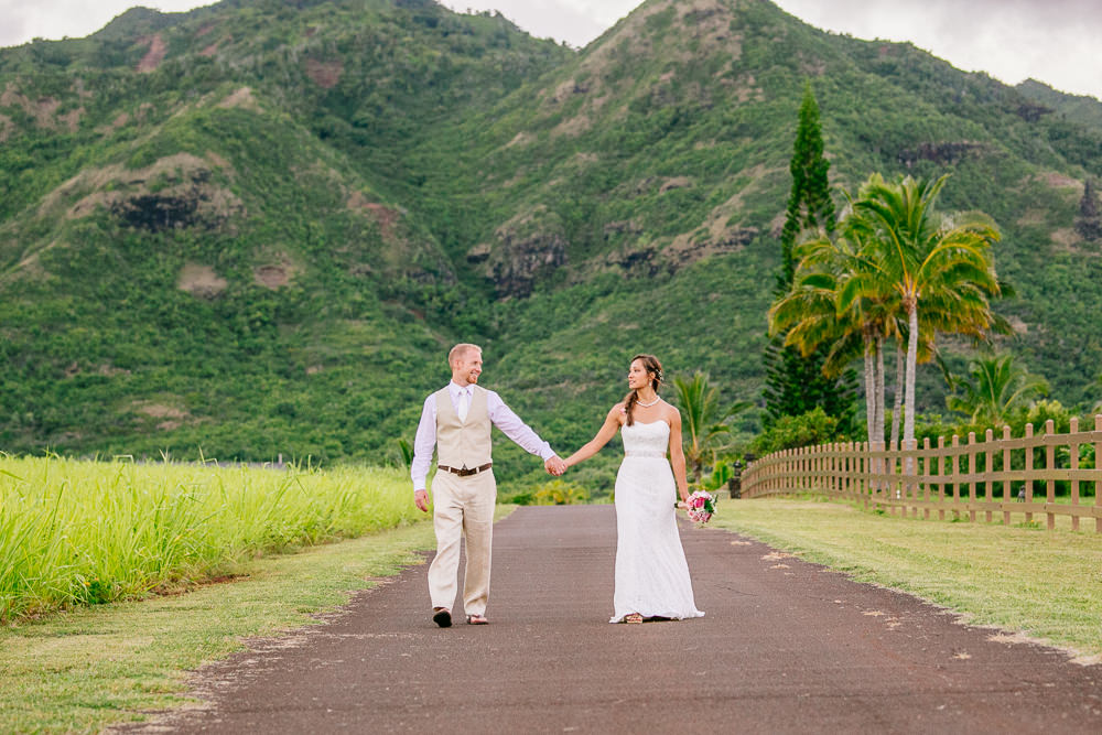 aliomanu kauai wedding-71.jpg