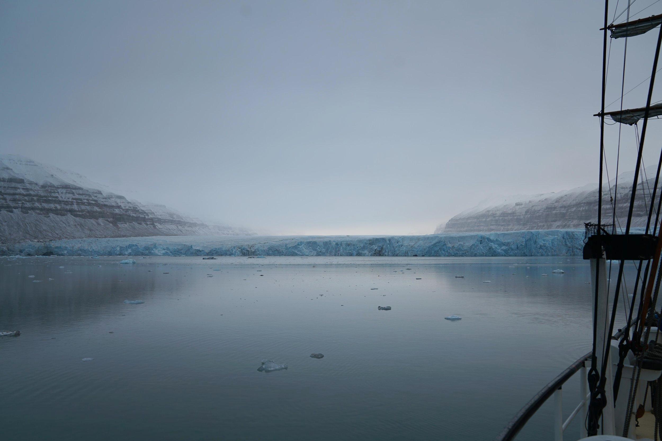 Tunabreen Glacier