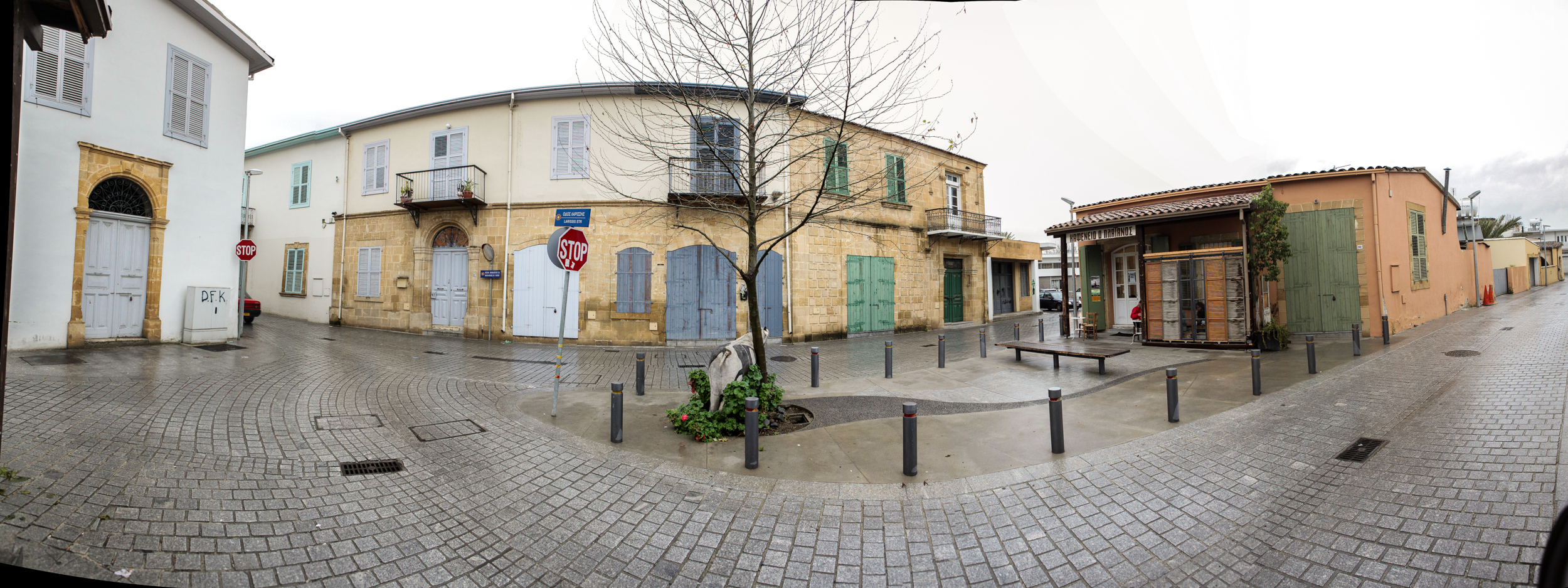 A panorama of the square where the proposal would be placed