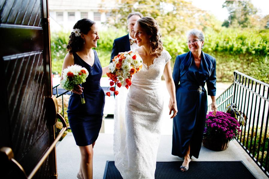 Kinney-bungalow-wedding-narragansett-008