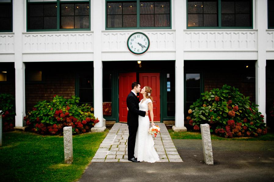 Kinney-bungalow-wedding-narragansett-022