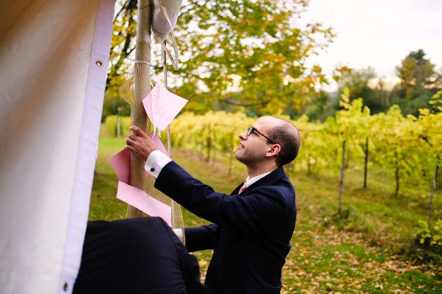 Shelburne-Vineyards-Vermont-Wedding-0010.jpg
