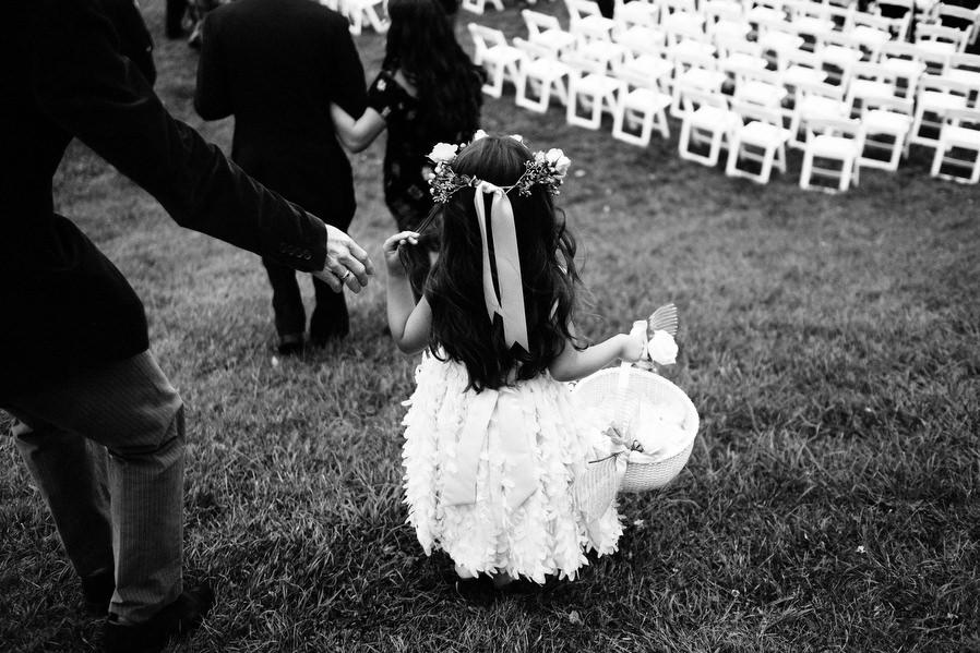 Shelburne-Vineyards-Vermont-Wedding-0012.jpg